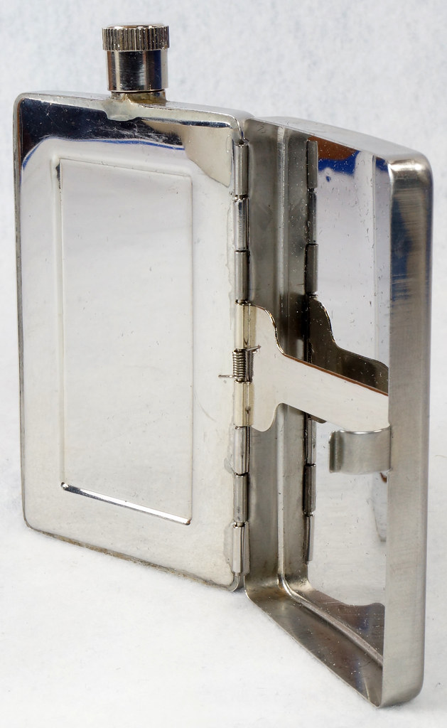 RD15128 Choppers Emblem Ace of Spades Metal Pocket Flask & Cigarette Case DSC08218