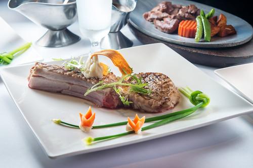 新國際西餐廳:我最喜愛的高雄牛排館,沒有之一-美國特級無骨牛小排