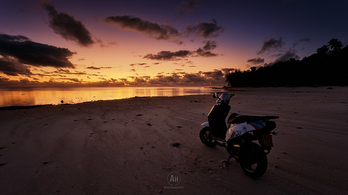 ocean sunset sea sky seascape beach water bike clouds sunrise landscape dawn polynesia evening twilight rocks paradise pacific cloudy dusk south lagoon motorbike cookislands rarotonga atoll aitutaki 2015
