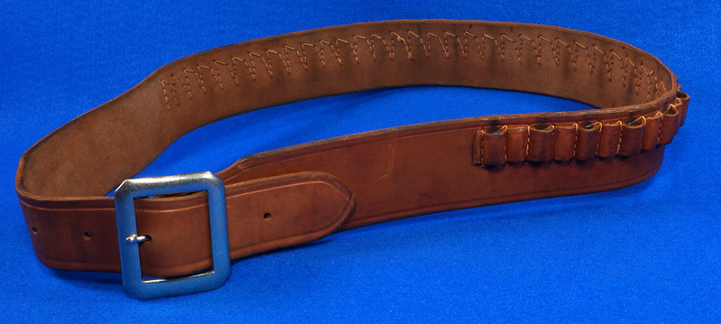 RD15060 Vintage Hand Made By Viking Mexican Leather Gun Ammo Belt .22L 7012 43 inch Long DSC07348