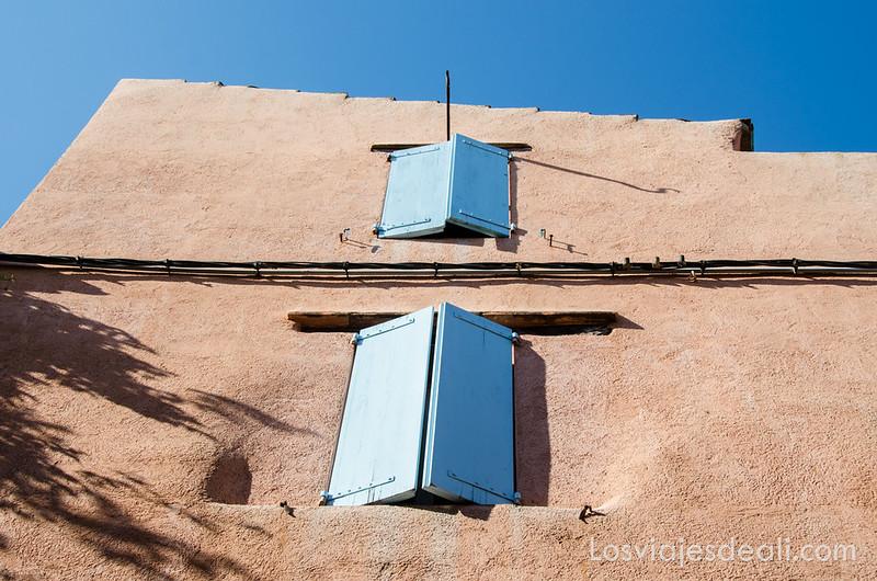 ventanas de Collioure y machado