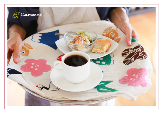 鬱蒼カフェ(うっそうカフェ) 愛知県瀬戸市 オススメのランチ 有機農家直営 鬱蒼農園畑 料理写真 出張撮影 全データ 女性カメラマン
