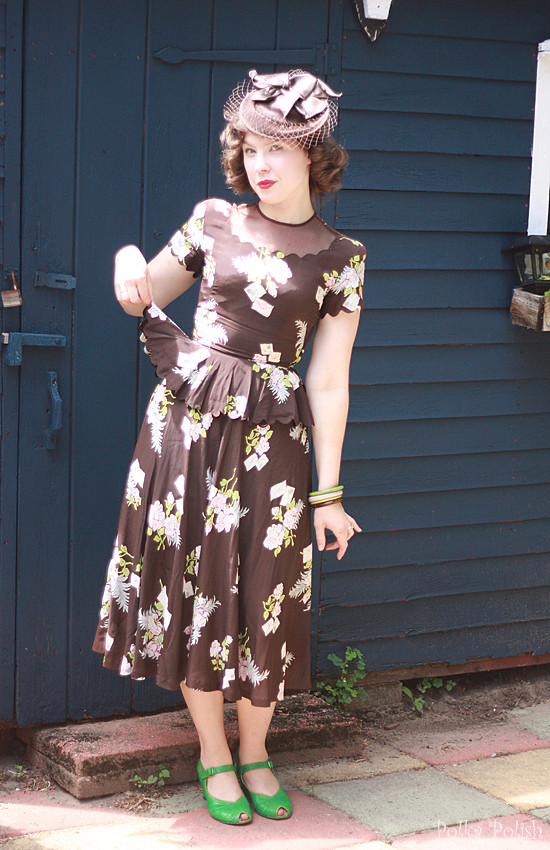 1940s novelty print love letters and flowers dress
