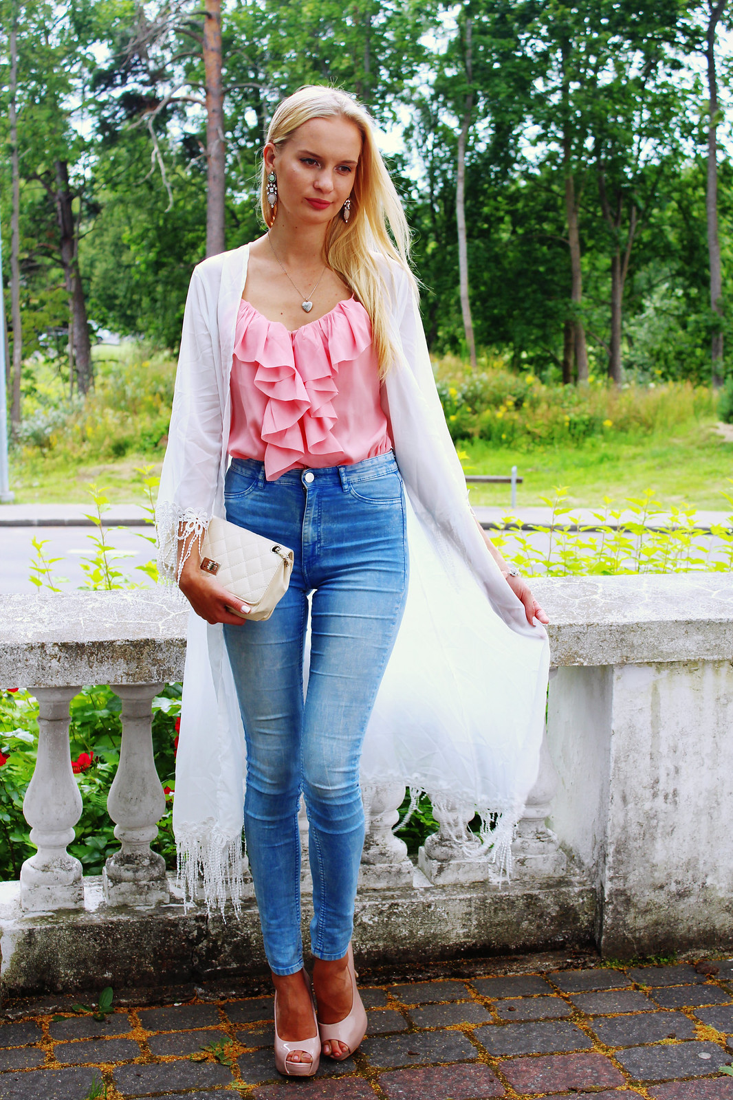 high-waisted-skinny-jeans