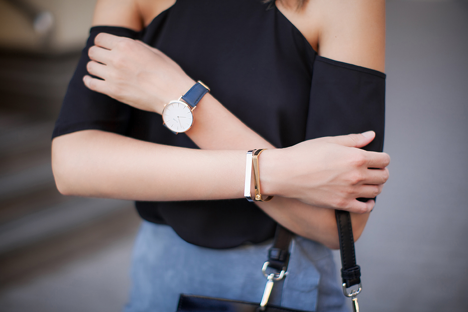 thepeachbox-jewelry-minimalistic-bangle-fashion-blog
