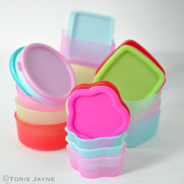 Mini storage pots