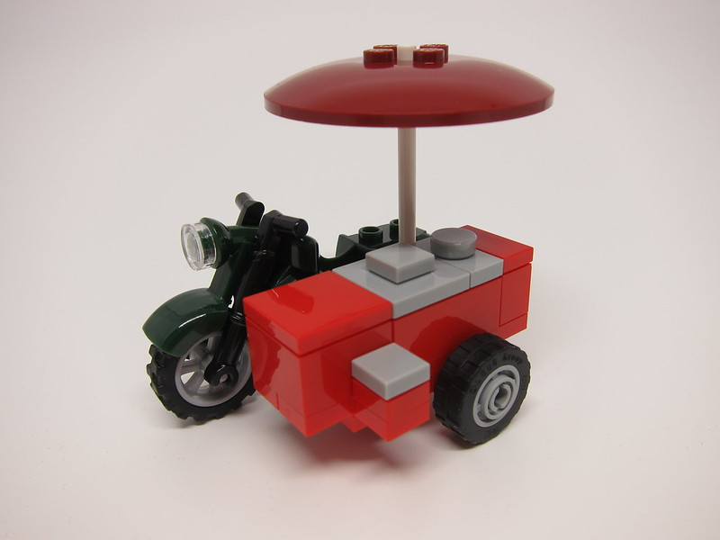LEGO SG50 Limited Edition Singapore Icons Mini Build - Ice Cream Bike - 2