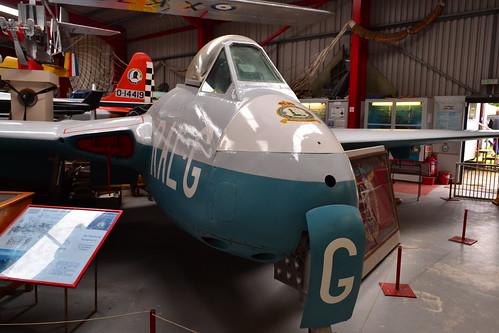 DH Vampire F-1