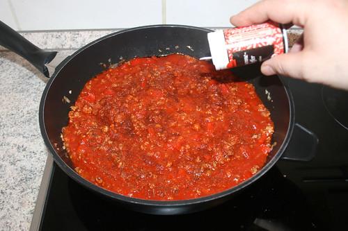 31 - Mit Gewürzen abschmecken / Taste with seasonings