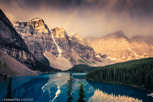 Dramatic Moraine Lake