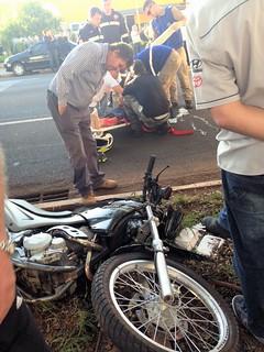 acidente moto 2007 av colombo