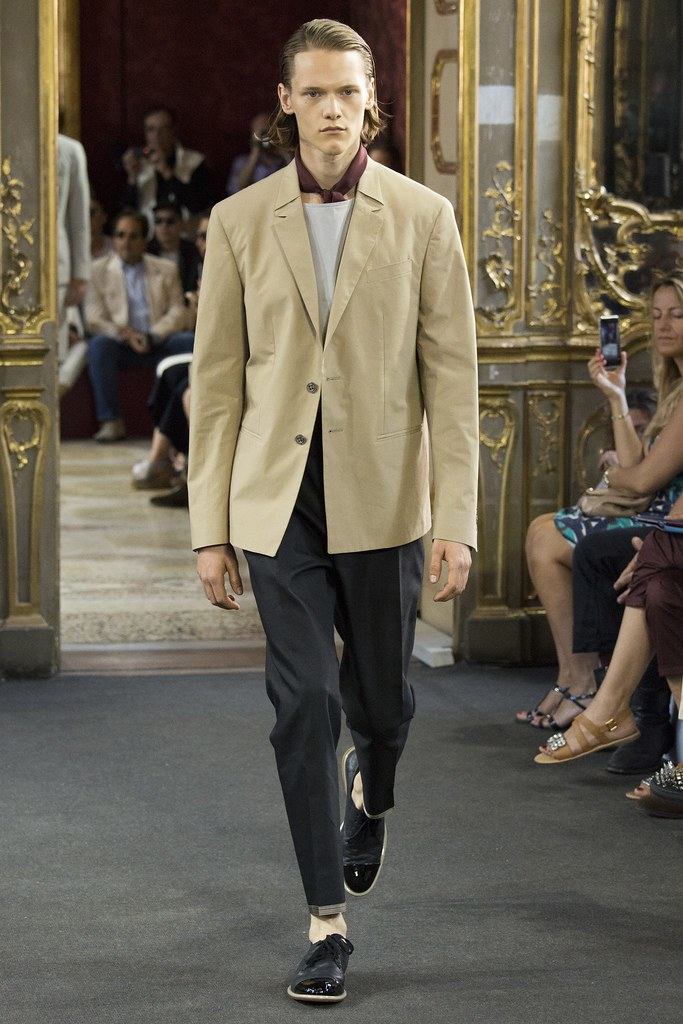 Ryan Keating3064_SS16 Milan Corneliani(VOGUE)