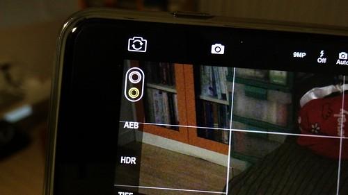 ถ้าใช้แอปอย่าง ProCam 4 จะให้สิทธิเราปรับแต่งกล้องได้มากกว่า