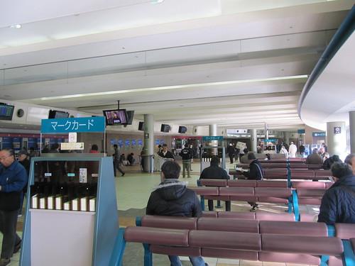 中山競馬場の内馬場投票所の様子
