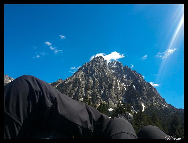 Descansando frente al pico Los Encantados
