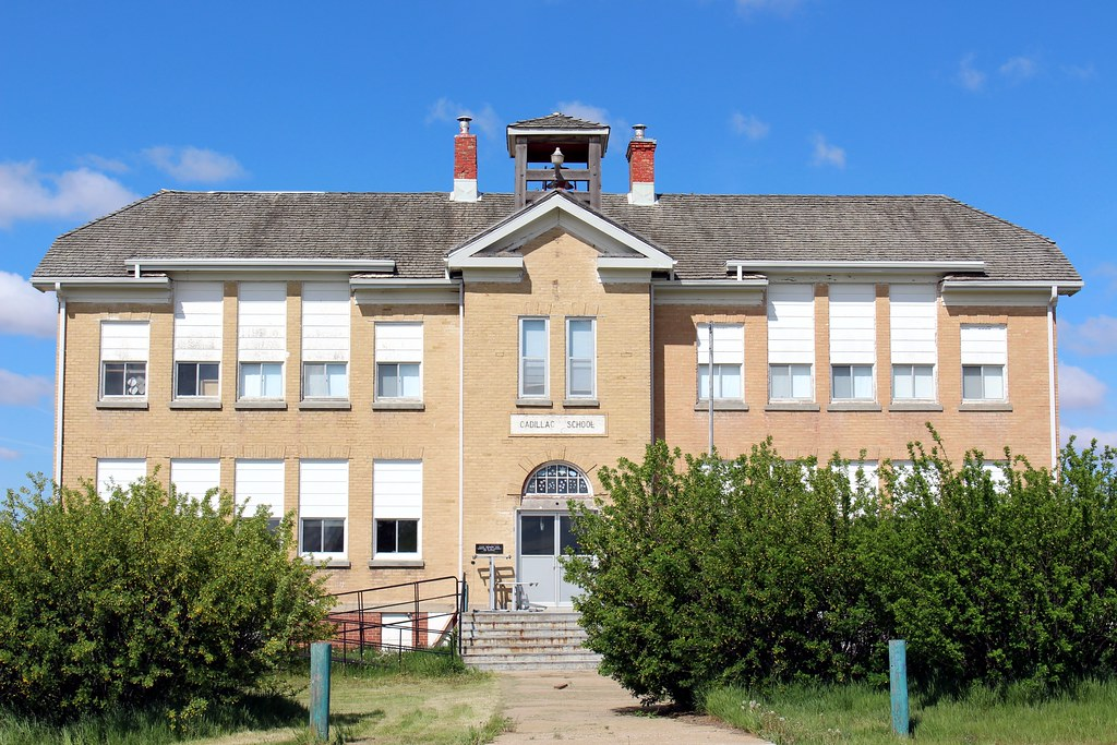 Old Cadillac School (Cadillac, Saskatchewan)