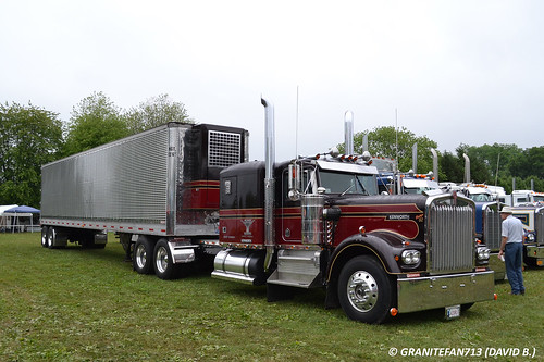 1982 Kenworth W900A with Stainless Reefer