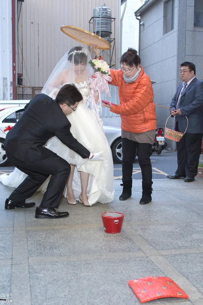 台南婚攝-繼中&佳芸-迎娶午宴 X 東東宴會式場-東嬿廳 (36)