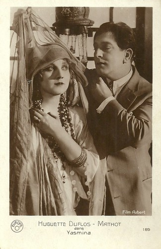 Huguette Duflos and Léon Mathot in Yasmina