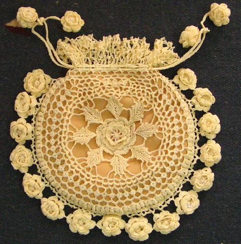 Katchkan's Victorian Irish crochet purse