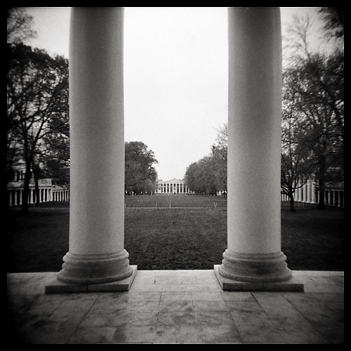 uva universityofvirginia rotunda lawn virginia charlottesville thomasjefferson acedemicalvillage holga mediumformat film