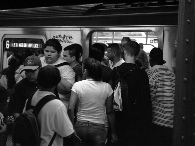 crowded nyc subway car