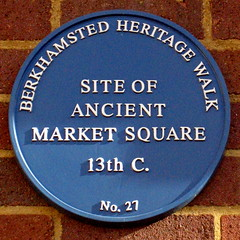 Photo of Market Square, Berkhamsted blue plaque
