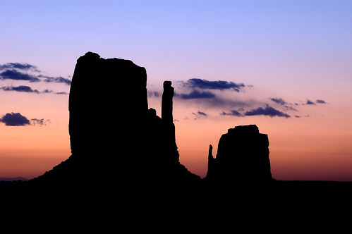 Mittens Sunrise, Monument Valley