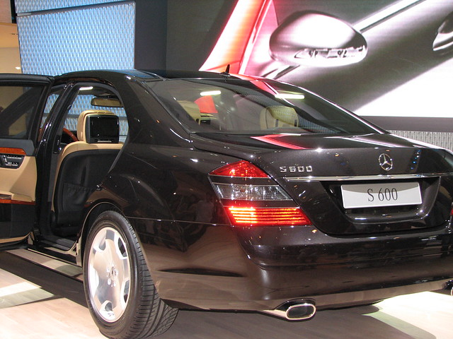 Tokyo motor show 2005 mercedes benz s600 by syasara for 2005 mercedes benz s600