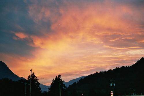 sunset sky canada geotagged hope geo:lat=49379355 geo:lon=121433516