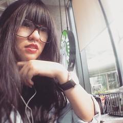 My serious face.....?? #selfie #selca #selfietime #selfiestory #happyme #sillyface #uglyface #atstarbucks #starbucksindonesia #starbuckslovers #instaselfie #instagood #instalife #instalove #potd #asiangirls #asianlooks #japanesegirls #japaneselooks #korea