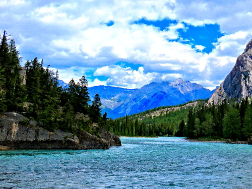 Bow River just above falls OIL 20150620