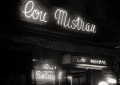 Lou Mistrau, lou mistrau bw