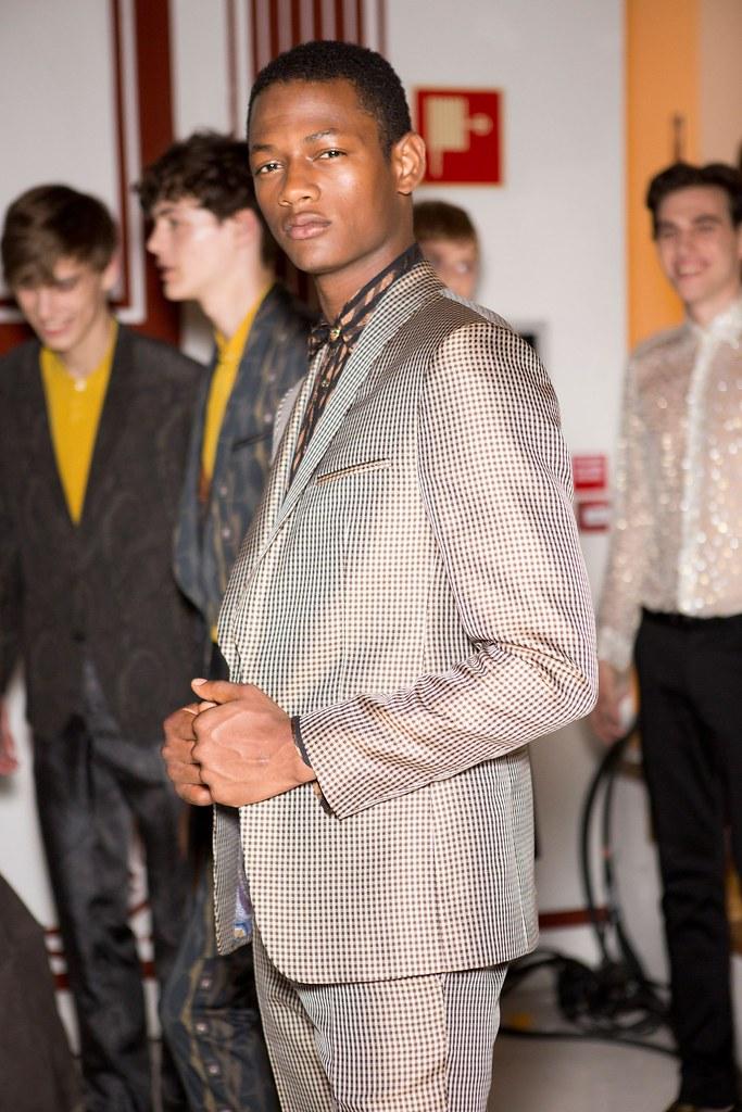 Marc Schulze3244_SS16 Milan Etro_Lucas Cristino(fashionising.com)