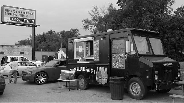 Gambling Tacos Villanueva #2 Taco Truck in Des Moines, Iowa