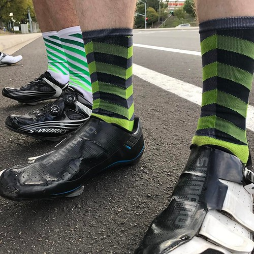 When you have the same taste as your friends but can't coordinate... . . . @hbstache #velonutz #bikeride #winter #sandiego #socks #sockdoping @iamspecialized @rideshimano