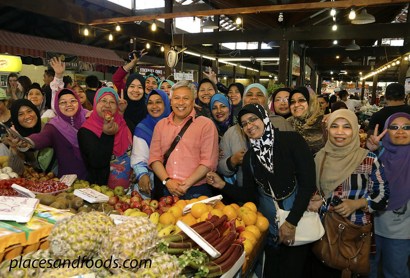 fremantle market chef wan with fans