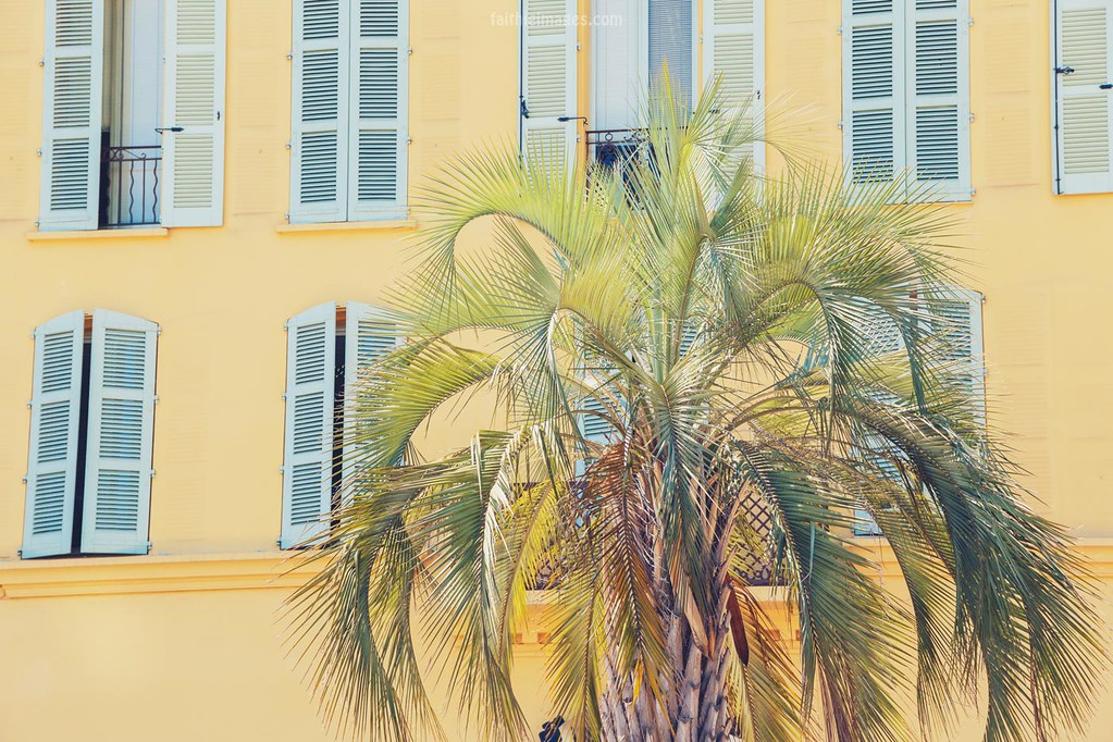 typically French Riviera