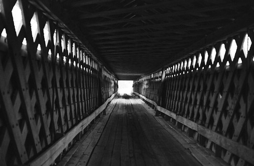 Nectar Covered Bridge / P1983-0213a057-15