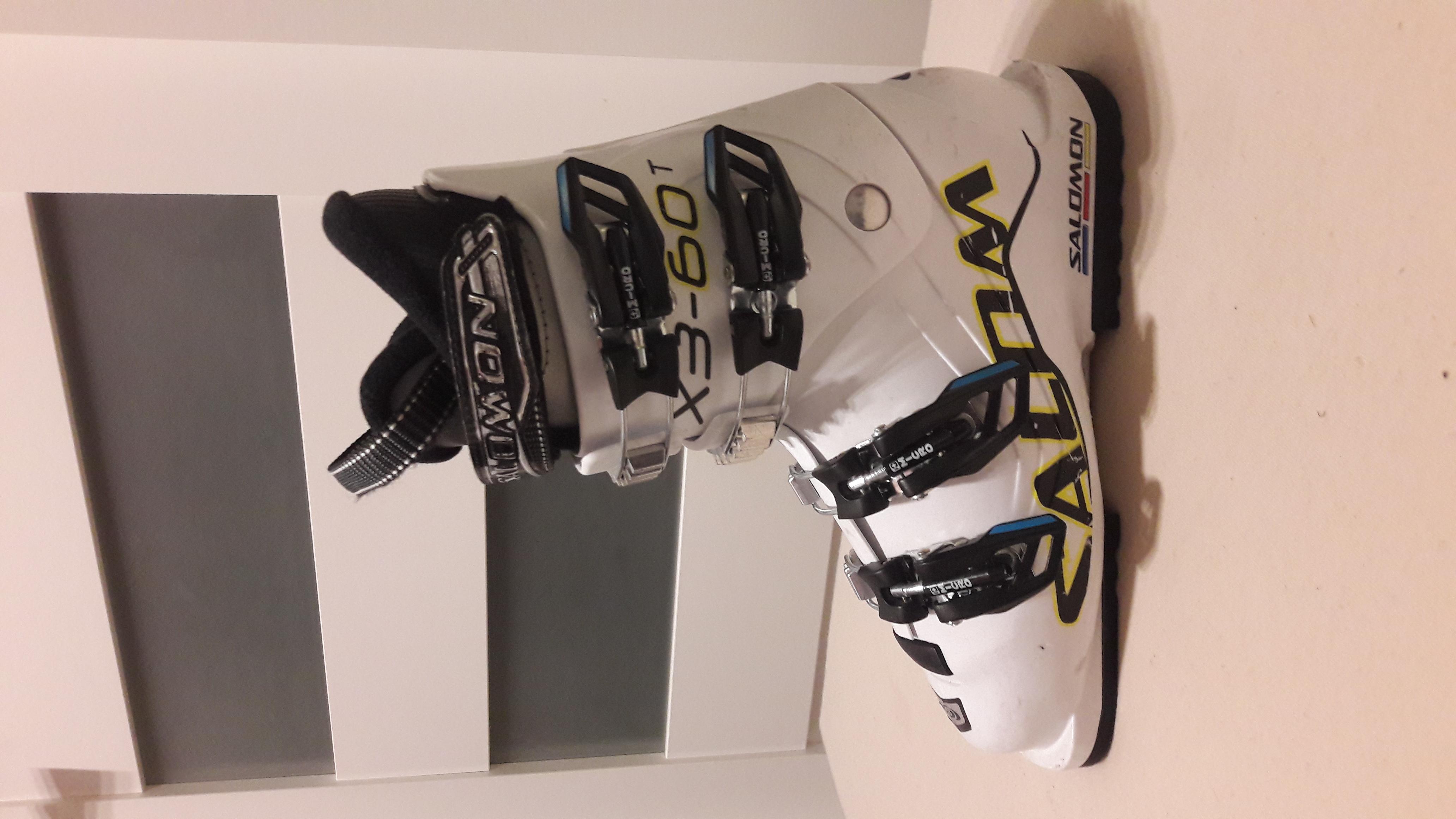 Prodám dětské lyžařské boty Salomon X3-60T 0d51c90125