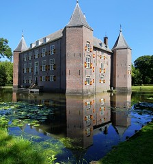 Castle Nederhorst stares at herself in the mirror