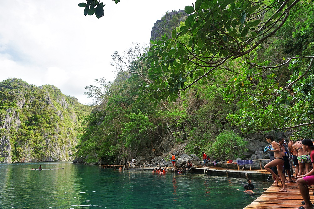 Travel Diary Kayangan Lake in Coron, Palawan, PH -thedailyposh (1)