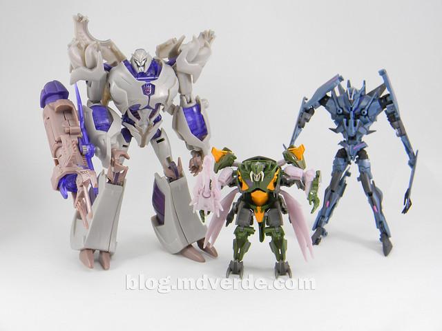 Transformers Hardshell Cyberverse - Transformers Prime Beast Hunters - modo robot vs Megatron vs Soundwave