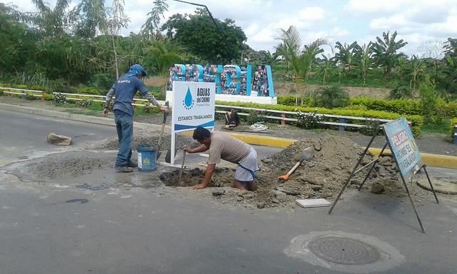 Aguas del Chuno trabaja en pozo de aguas servidas