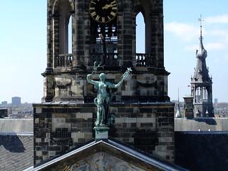 Image of Koninklijk Paleis near Amsterdam. amsterdam wheel statue nederland royal ferris palace standbeeld paleis pariserhjul koninklijk