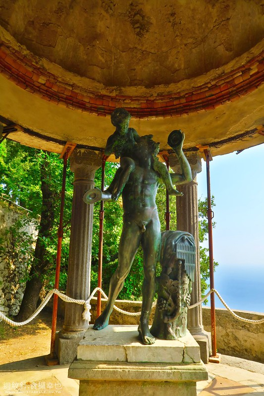 The Temple of Bacchus, Villa Cimbrone, Ravello, Amalfi Coast, Italy