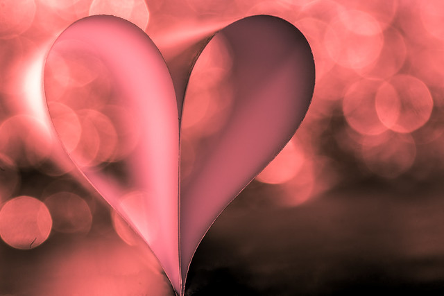 Love ... so strong, so powerful .... so fragile (Loving and HMM !)