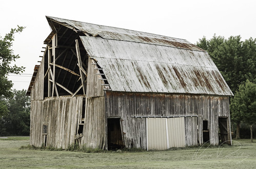 Can't Get Enough of These Old Barns