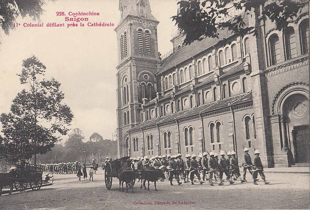 Saigon - Procession of French Army 11e colonial cathedral Vietnam Indochina