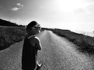 Playa de Canallave 의 이미지. road sun white black blanco beach sand eva negro playa cantabria gopro